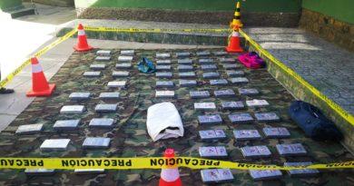 """Operativo """"trocar"""" incauta 69 kilos de cocaína en El Alto; el hermano del exministro Wálter Guiteras está involucrado"""