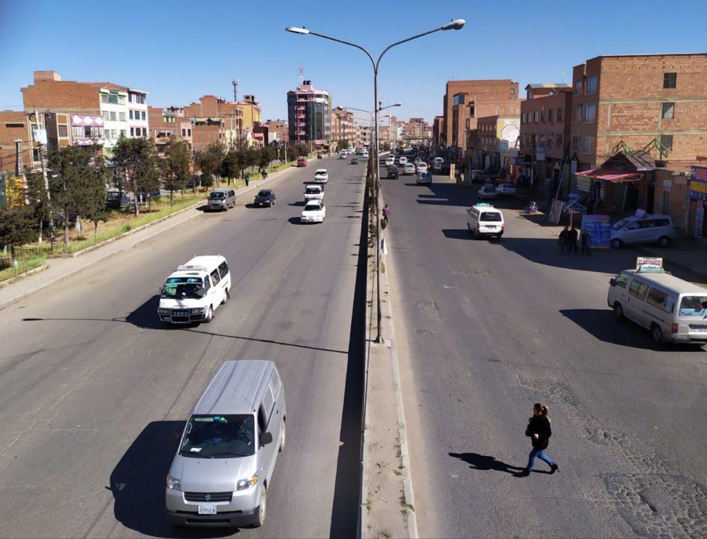 Avenida Juan Pablo II de El Alto. Foto: El Alto Digital